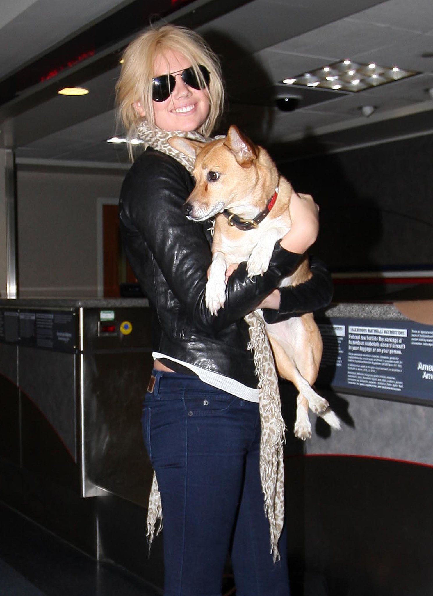 Photo de Kate Upton & son chien Boots