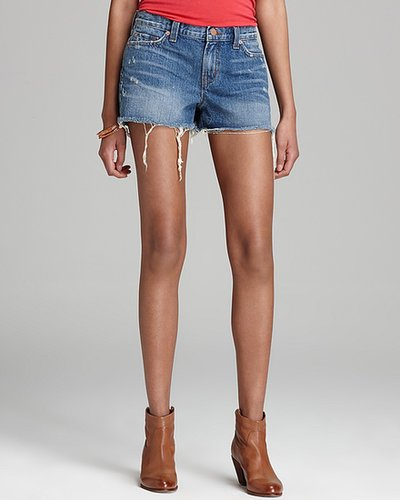 J Brand Shorts - Cutoff in Libra