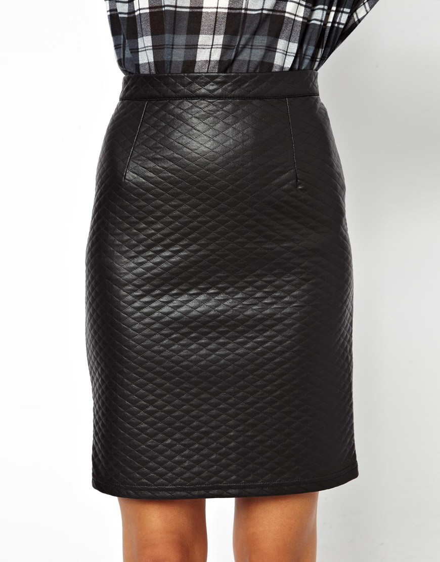 Give this Glamorous PU pencil skirt ($37) a sweet finish with a ladylike blouse and pumps, or give it a grungy makeover with a beanie and biker boot