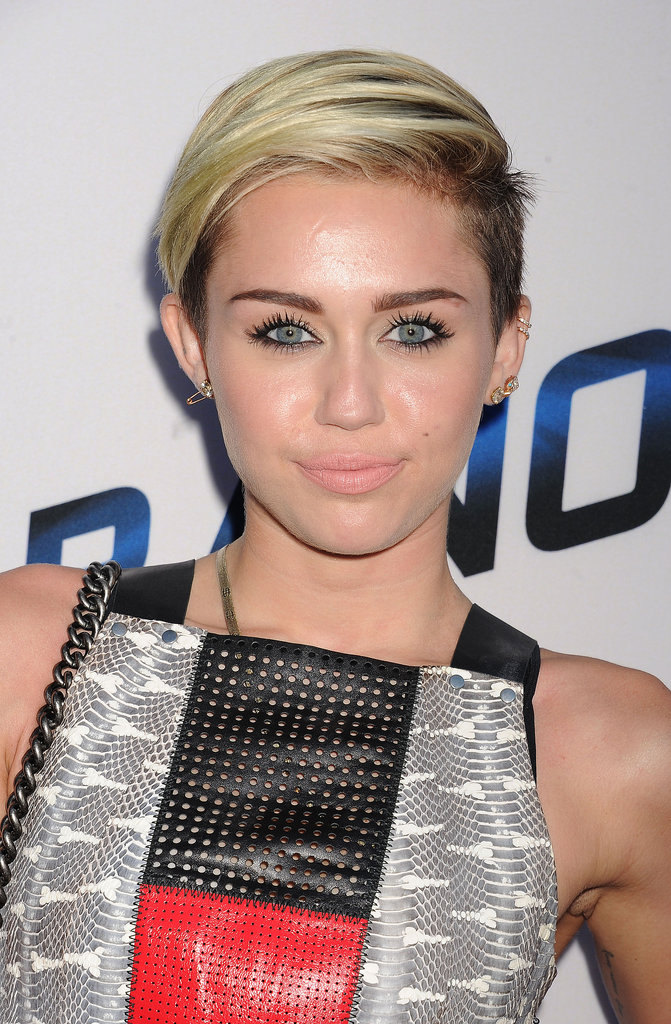 Miley Cyrus was at the Paranoia premiere with Liam on her arm. And she proved just how versatile her shaved sides are with this sleek sideswept look.