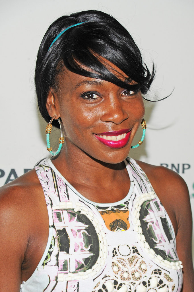 We're used to seeing Venus Williams on the court, but she proved she's just as hot off the court, too. She pulled off a bold berry lip color that she wore with sideswept bangs and a skinny blue headband.