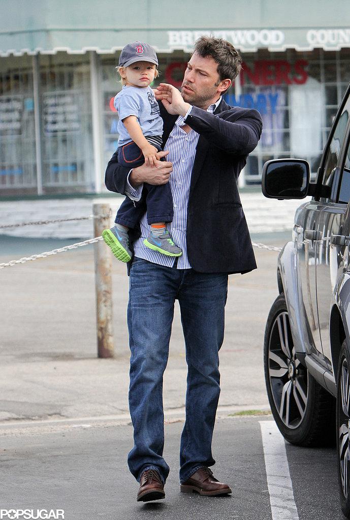 Ben Affleck helped Samuel with his hat.