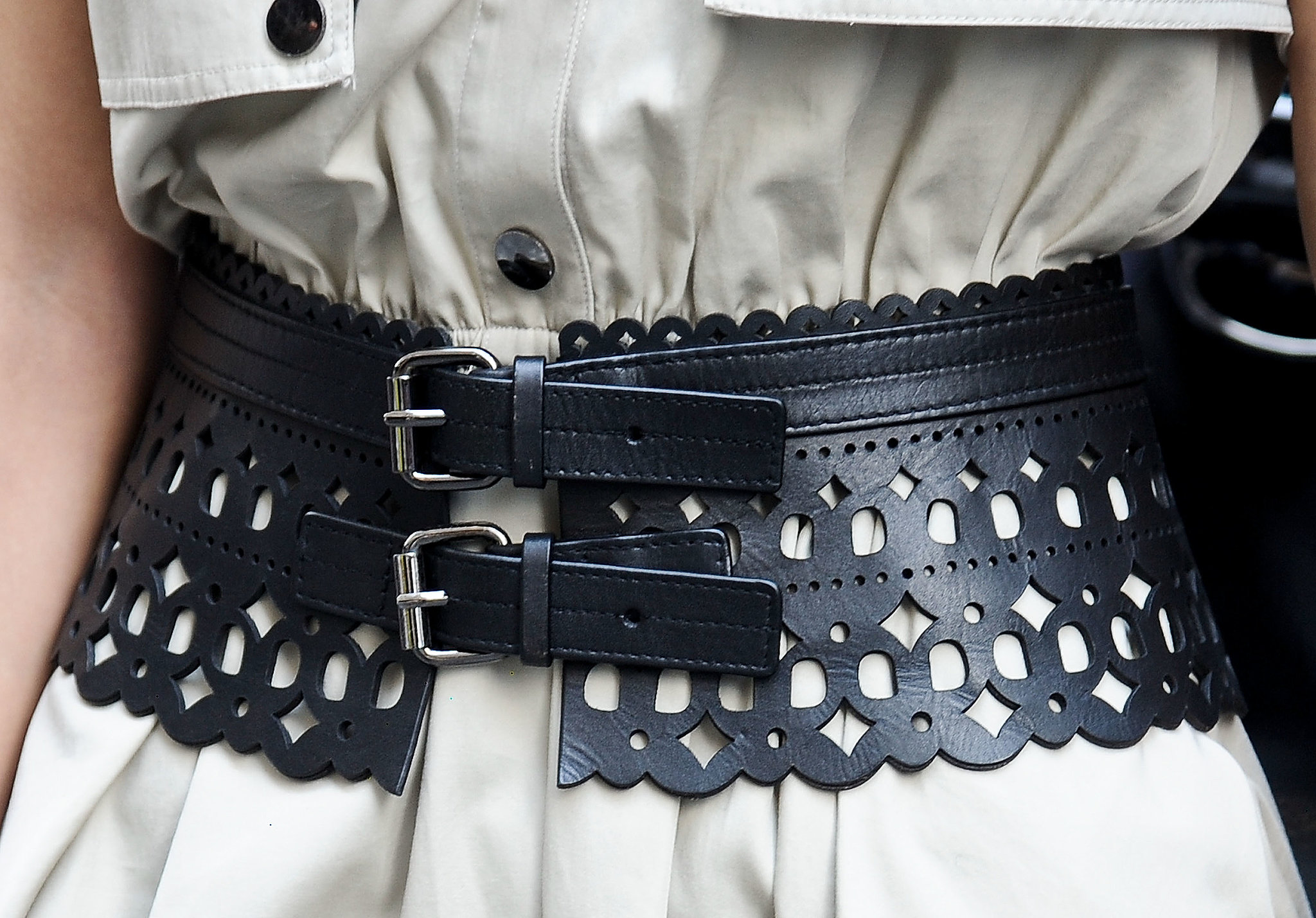 It's all about the detail on this leather belt.