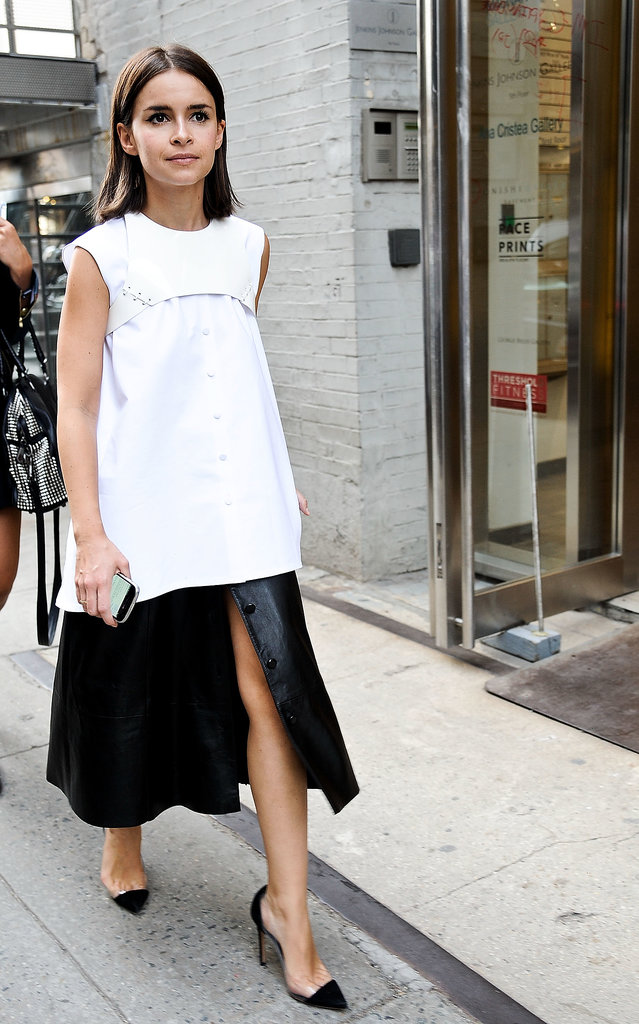Boxy proportions made Miroslava Duma's black and white look that much more chic.