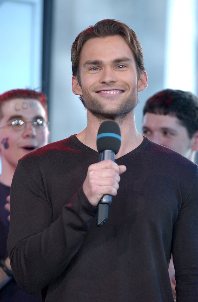 Seann William Scott took the mic for TRL in 2003.