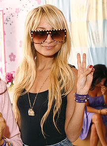 She-flashed-peace-sign-Disney-Couture-party-hosted-her