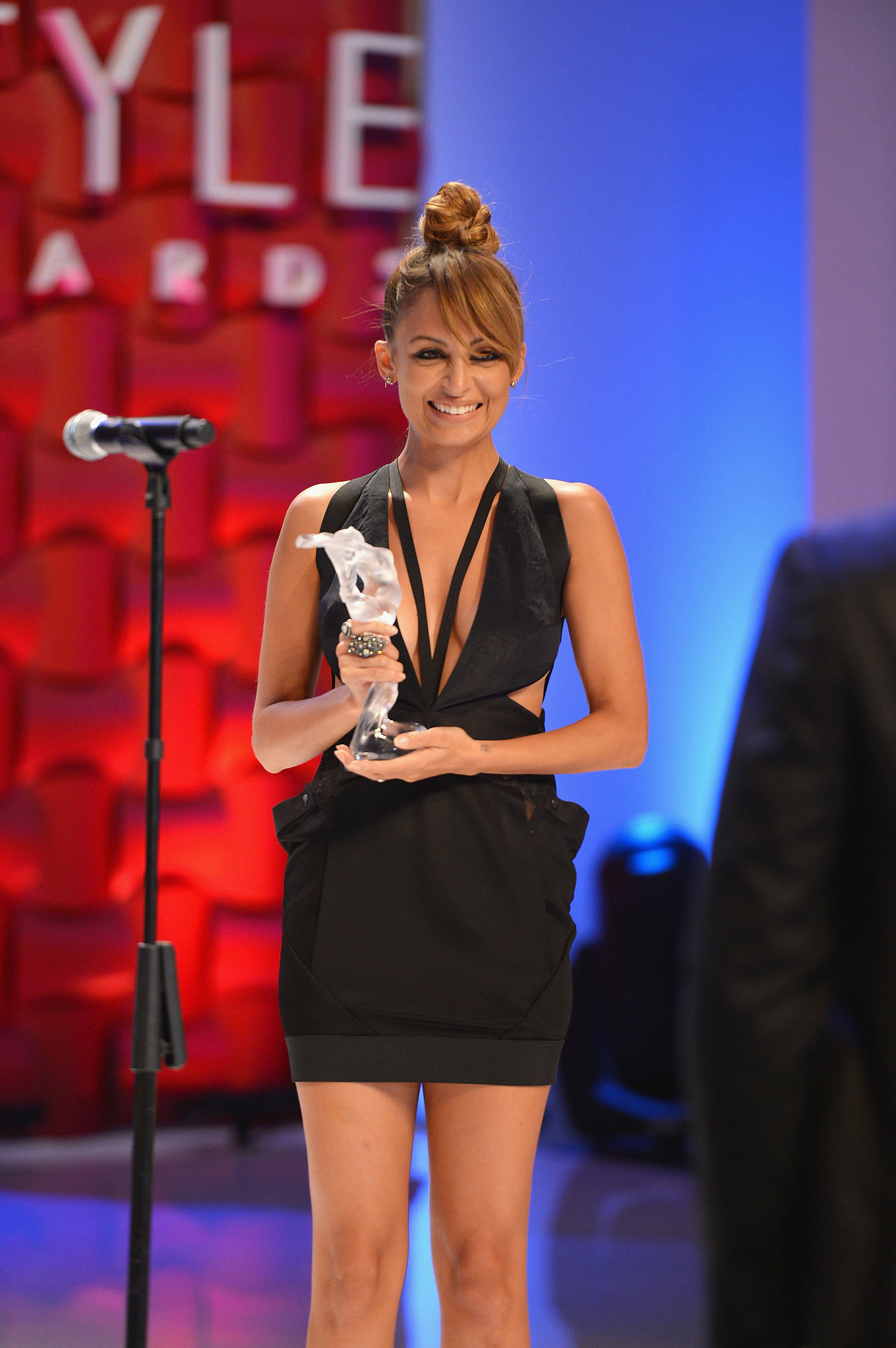 Further cementing her style star status, Nicole was honored at the Style Awards in NYC in September 2012.