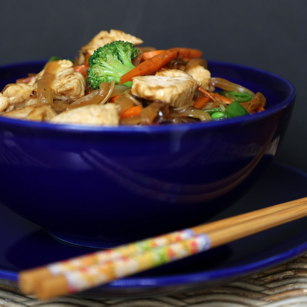 Popsugar Food: Fast & Easy Dinner: Chicken Lo Mein