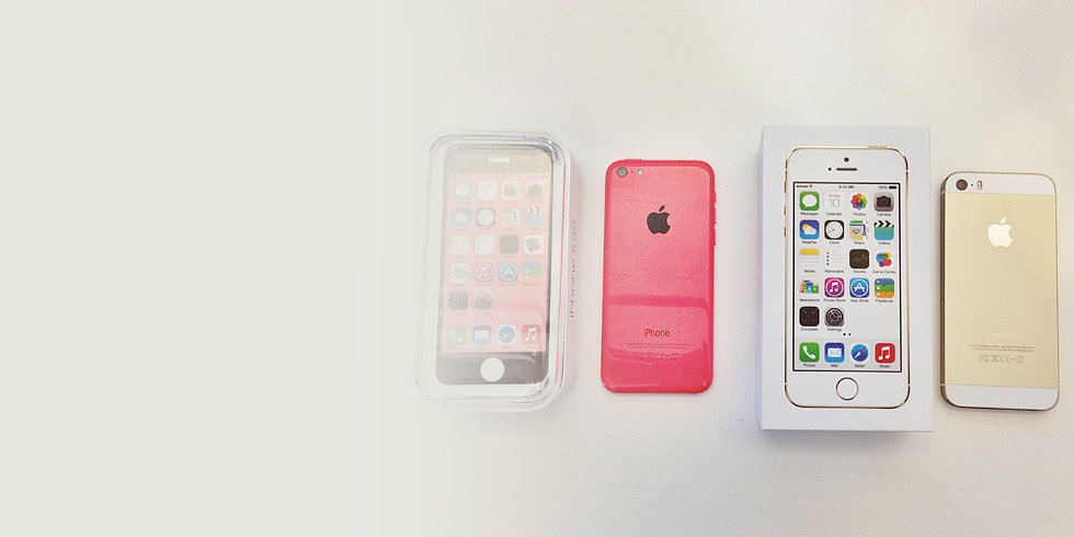 A 15-Second iPhone 5S and 5C Unboxing