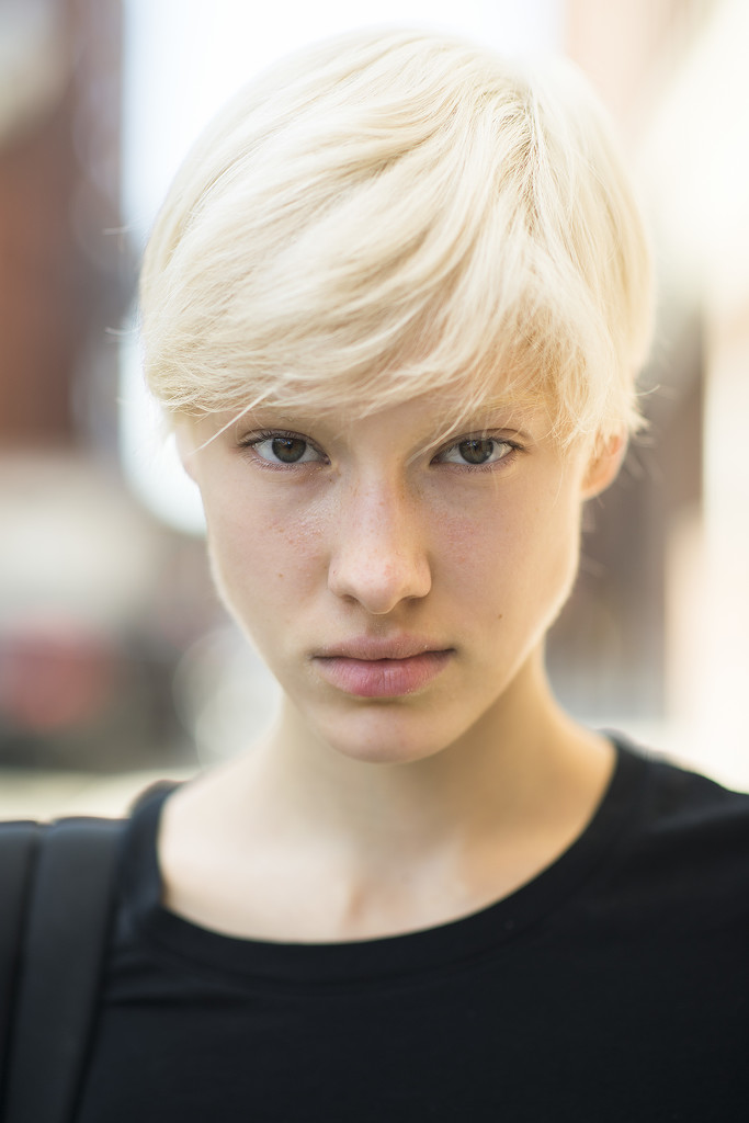 Any girl who can rock a platinum pixie cut with this much ease is a favorite in our book.  Source: Le 21ème | Adam Katz Sinding