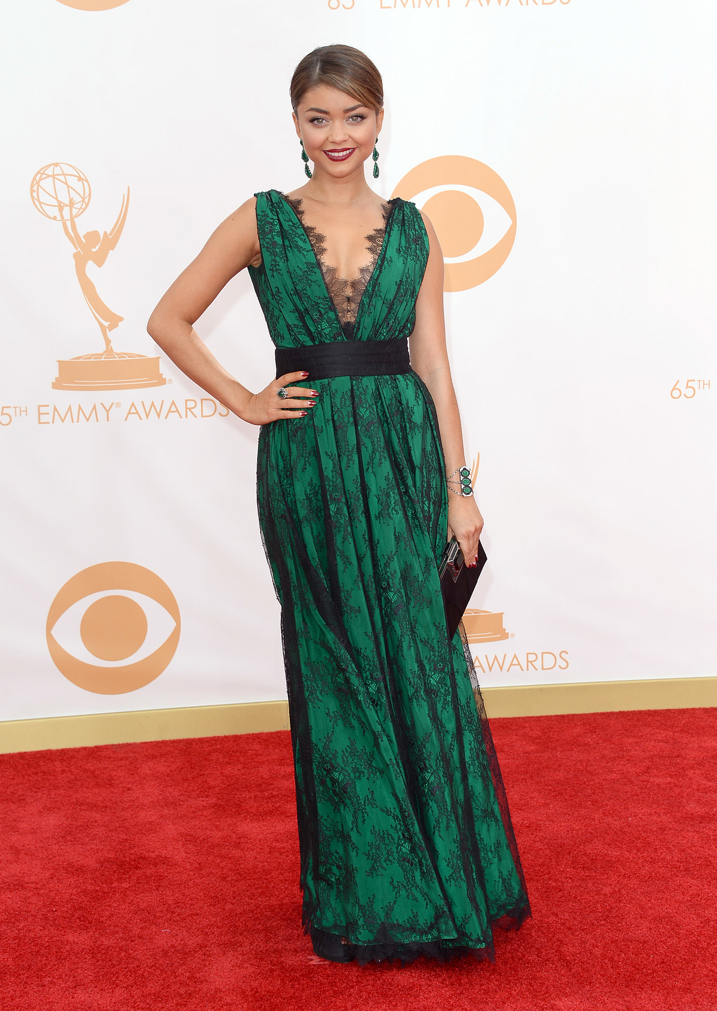 Sarah Hyland went green, picking a v-neck dress accented with black lace from CH Carolina Herrera.