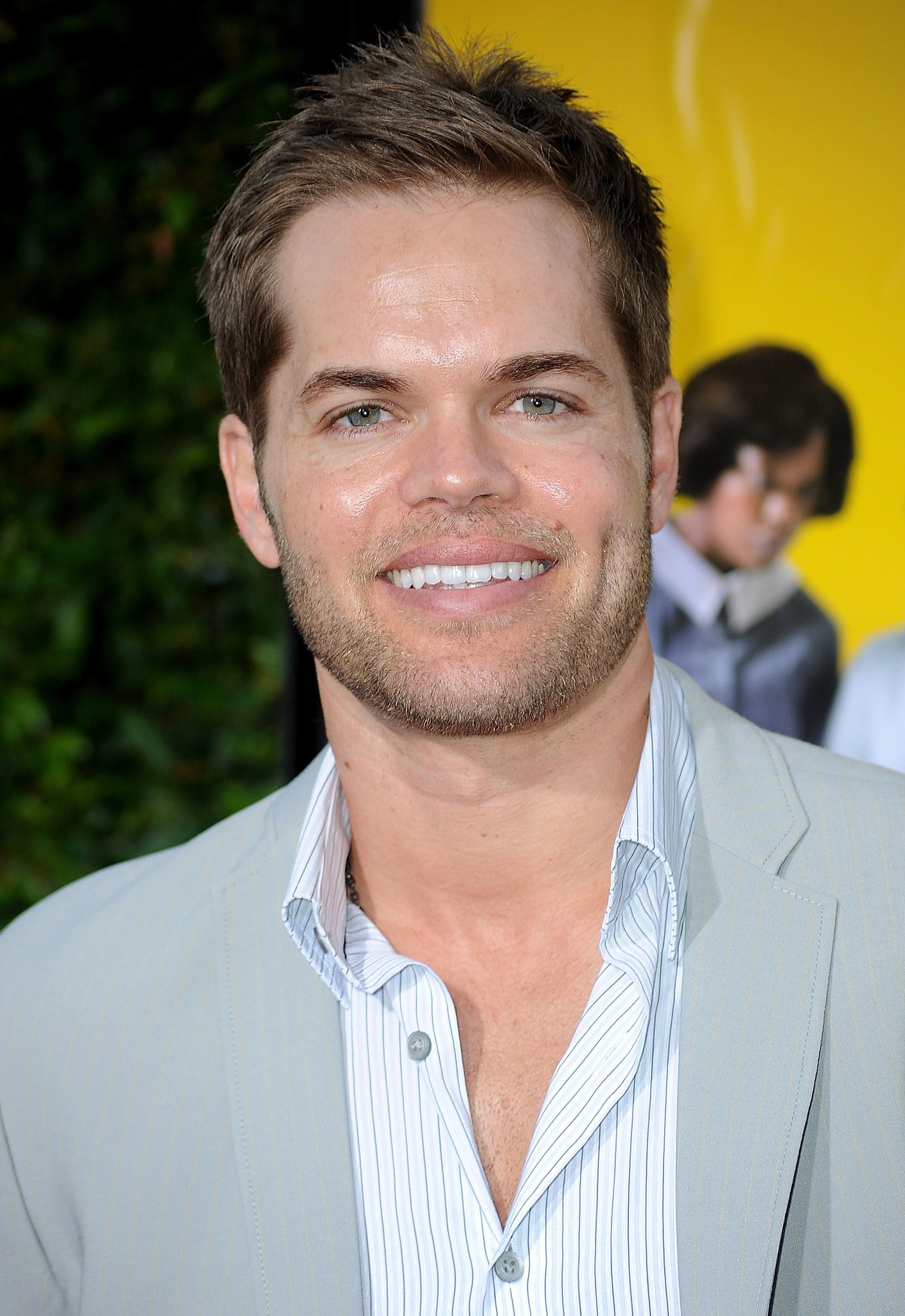 Wes Chatham as Castor