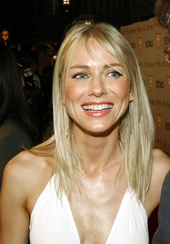 At the premiere of I Heart Huckabees in 2004, Naomi was casually glammed up with a peach lip and coordinating blush.