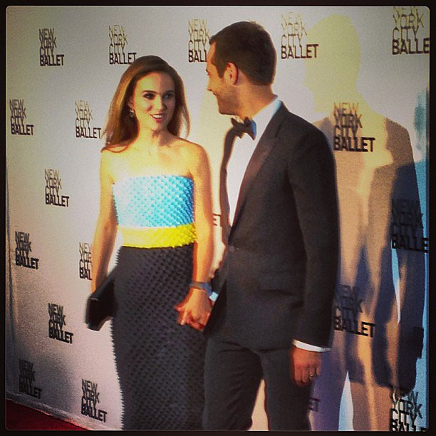 Natalie Portman and Benjamin Millepied shared a look of love at the NYC Ballet Fall Gala. Source: Instagram user popsugar