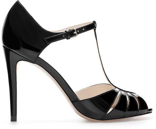High Heel Shiny Shoe