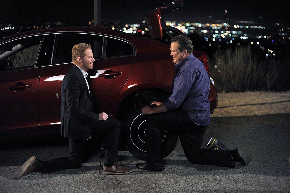 Sweetest Proposal: Cam and Mitch on Modern Family