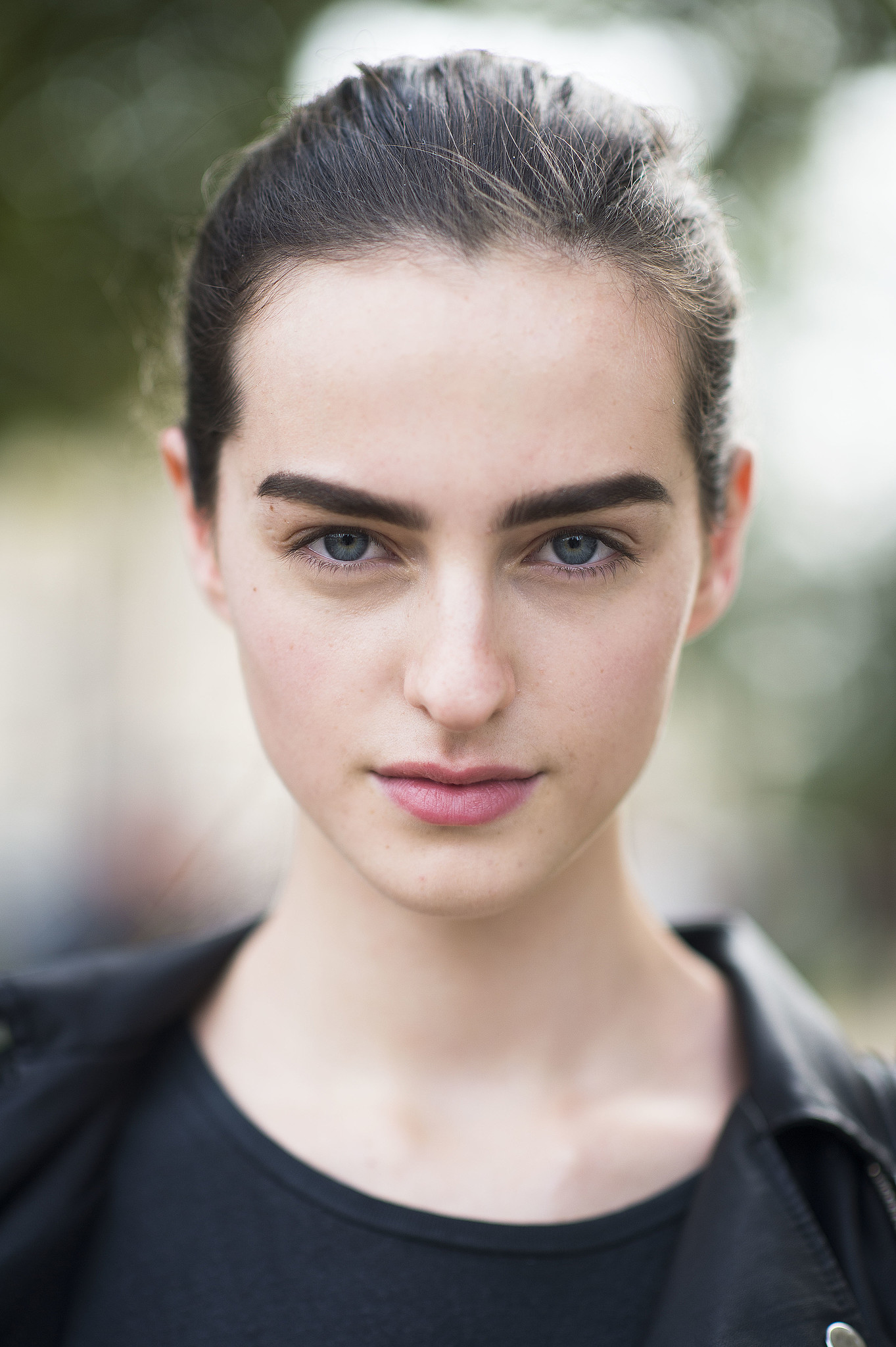 Bold brows and pink lips make a casual look that much better. Source: Le 21ème | Adam Katz Sinding