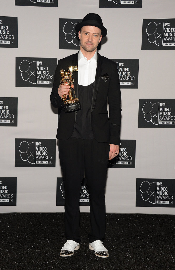 Justin picked up his Moonman at this year's MTV Video Music Awards in a modern take on the classic three-piece style.