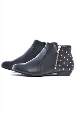 Round Toe Stud Zip Boot