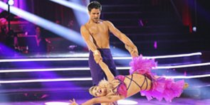 Video: Saved by the Bell, Shirtless Men, and Snooki's Backflip — Why DWTS Rocks This Season!