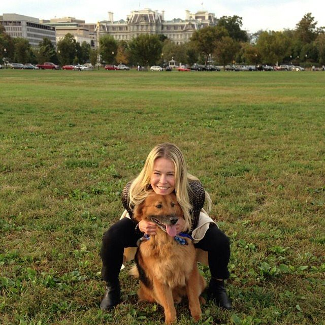 Chelsea Handler snuggled with her dog, Chunk, while visiting Washington DC. Source: Instagram user chelseahandler