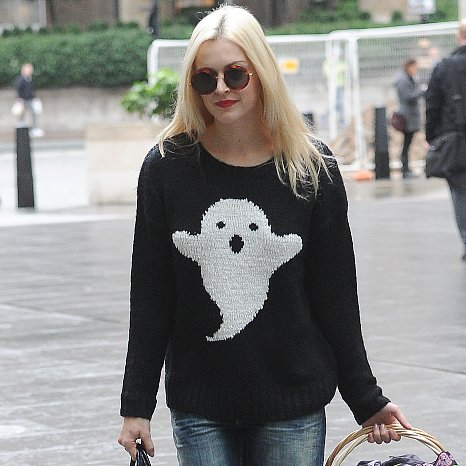 Fearne Cotton's Halloween Ghost Jumper | Get the Look