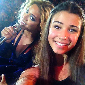 Beyonce Photobombs a Fan