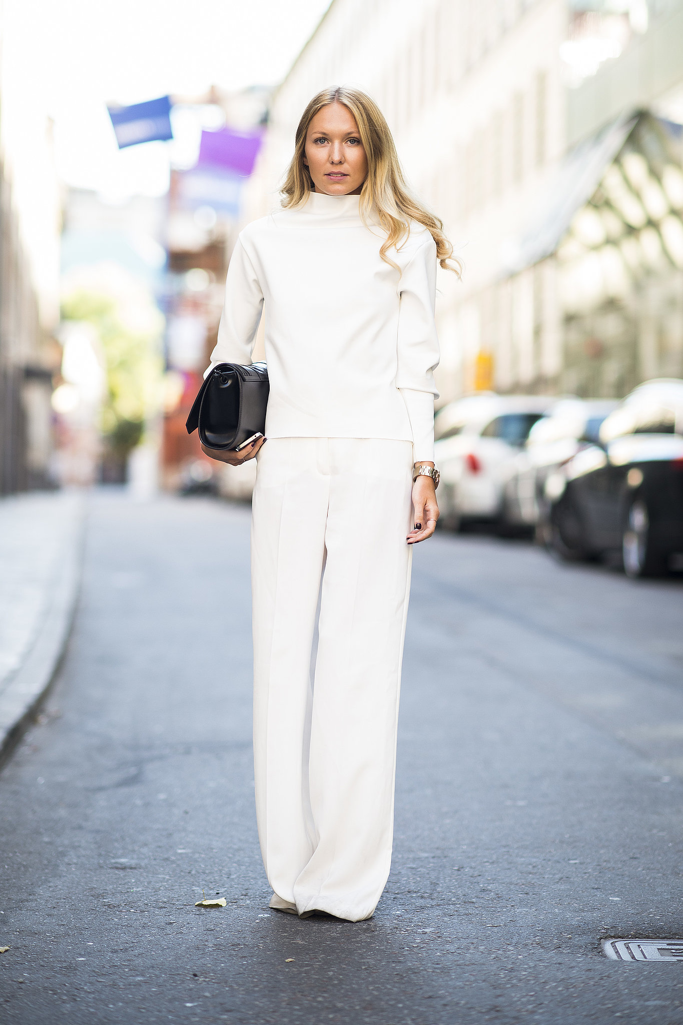 Dare to try a chic all-white look — and get noticed for all the right reasons.  Source: Le 21ème   Adam Katz Sinding