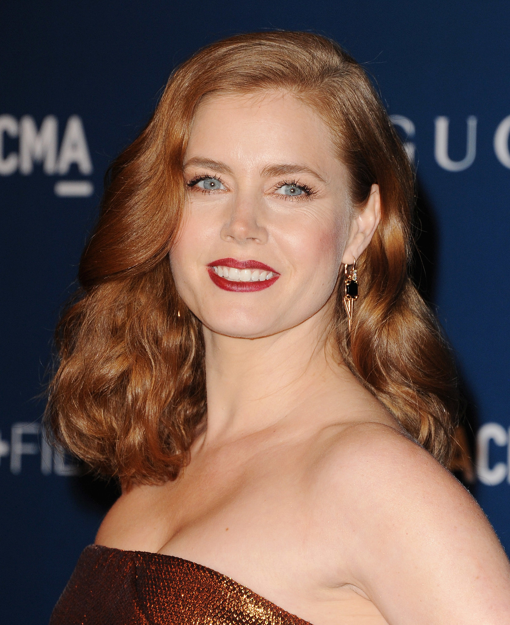 Amy Adams: Amy Adams Mixed Multiple Shades Of Red From Her Dark