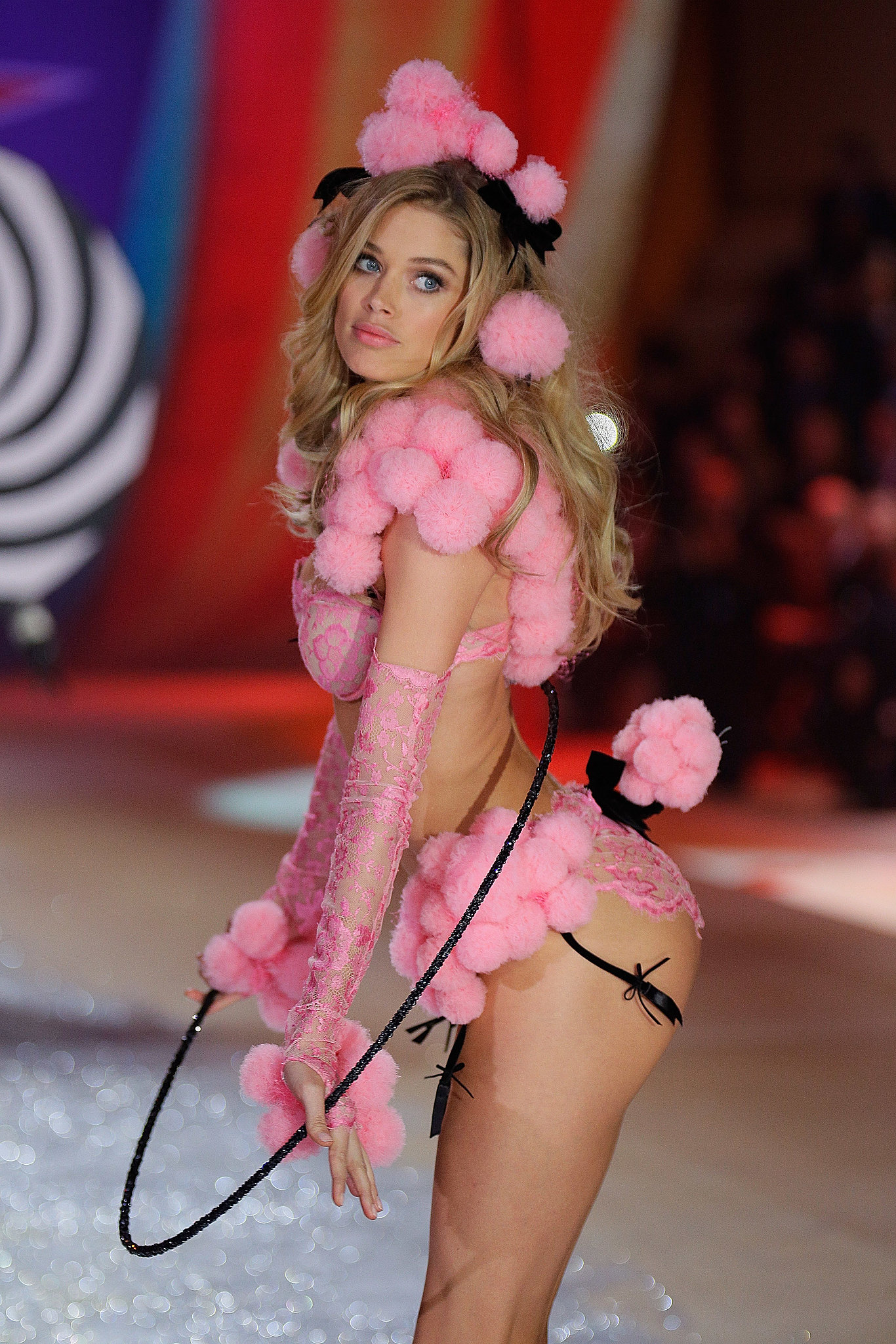 Doutzen Kroes gave her best poodle impression on the runway in 2012.