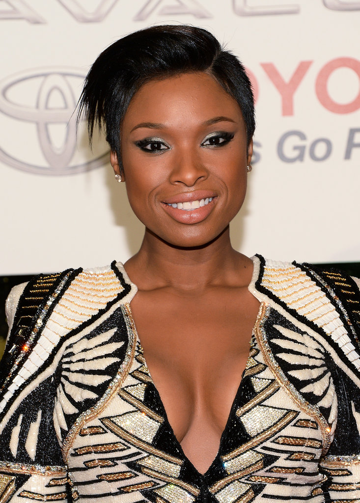 We love Jennifer Hudson's edgy take on her new pixie cut.
