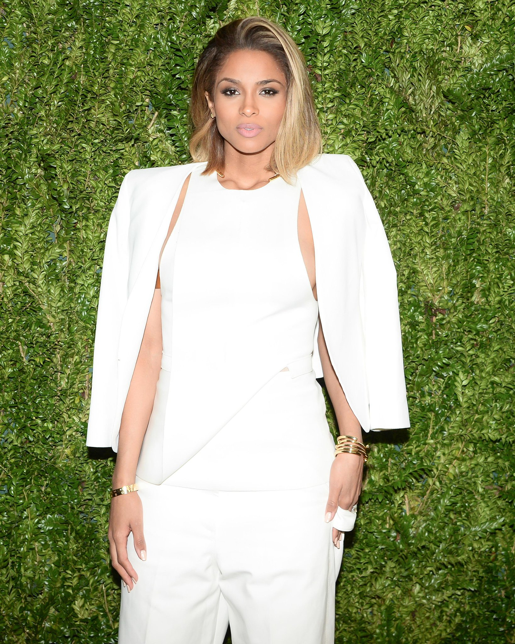 Ciara's muted pink lips and sideswept blowout were equal parts glamorous and effortless.