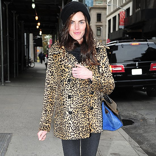 Hilary Rhoda's Engagement Ring | Video