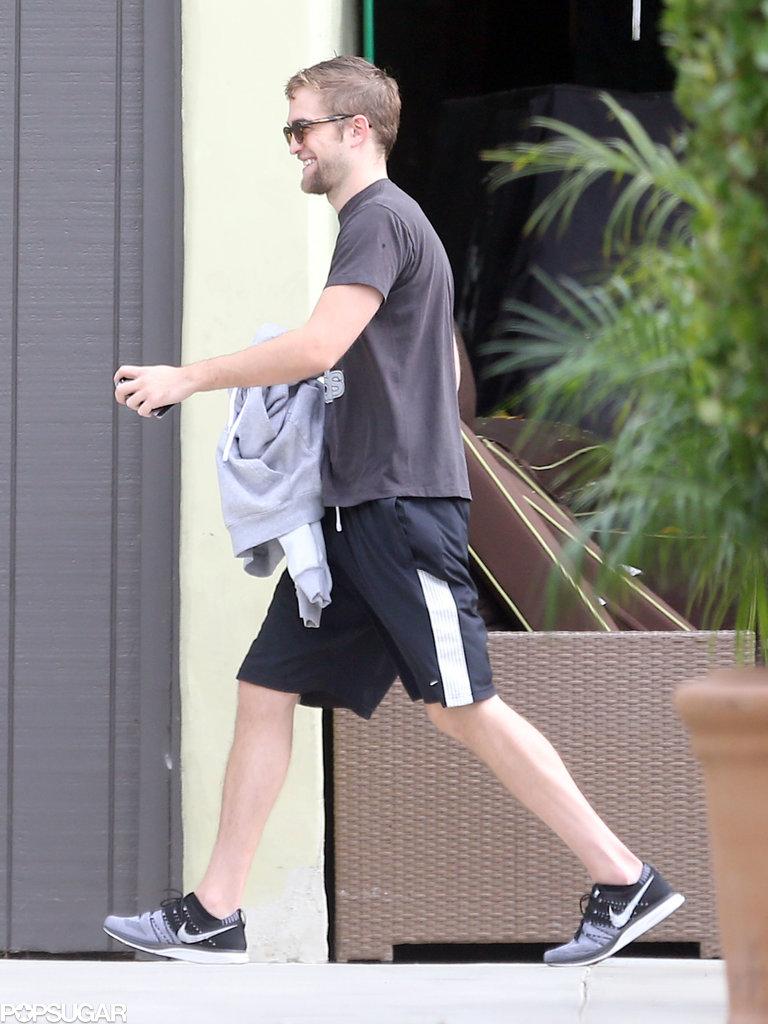 Robert Pattinson Trades His Beard For Biceps