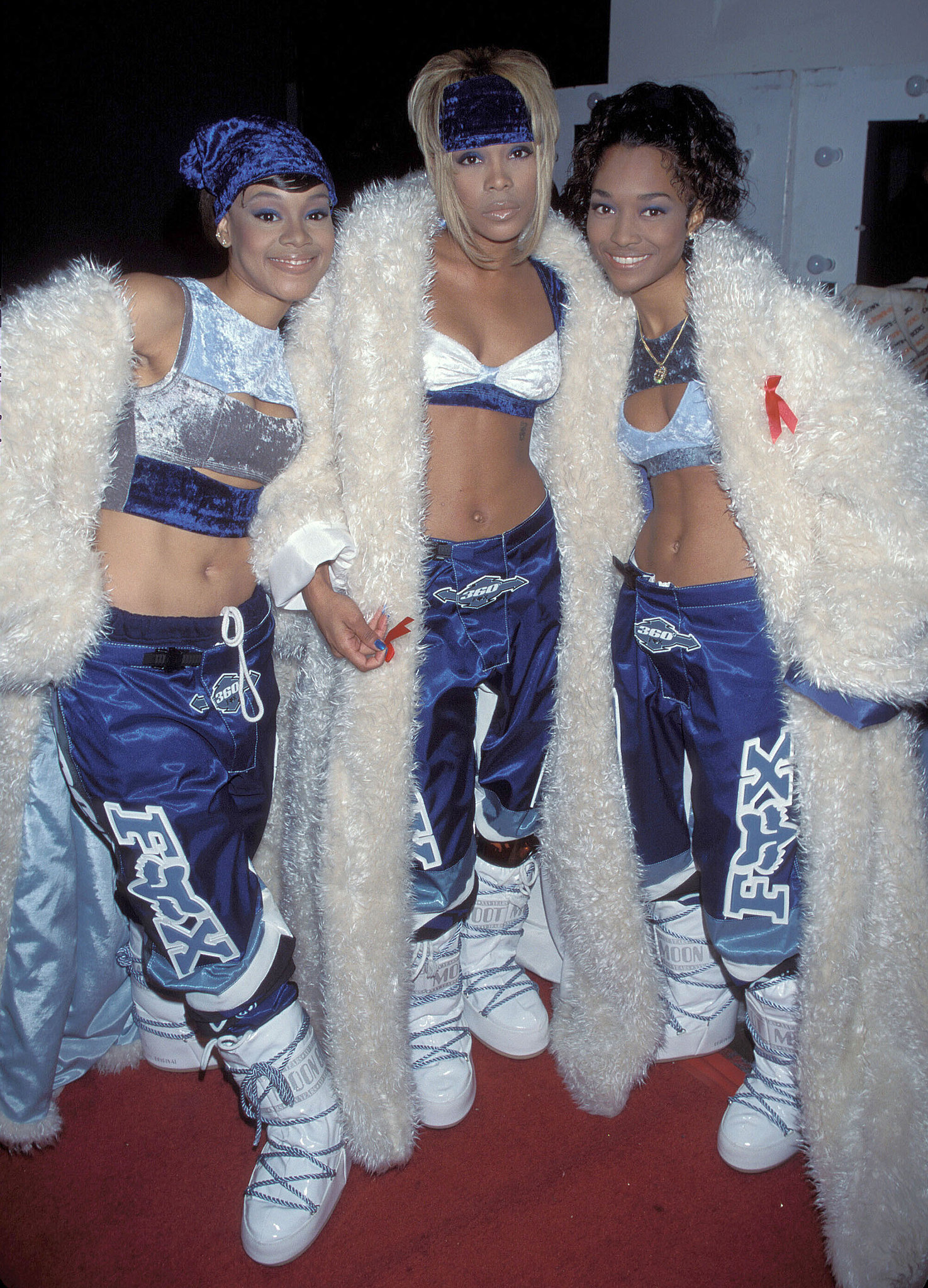 The girls of TLC posed on the red carpet in 1994.