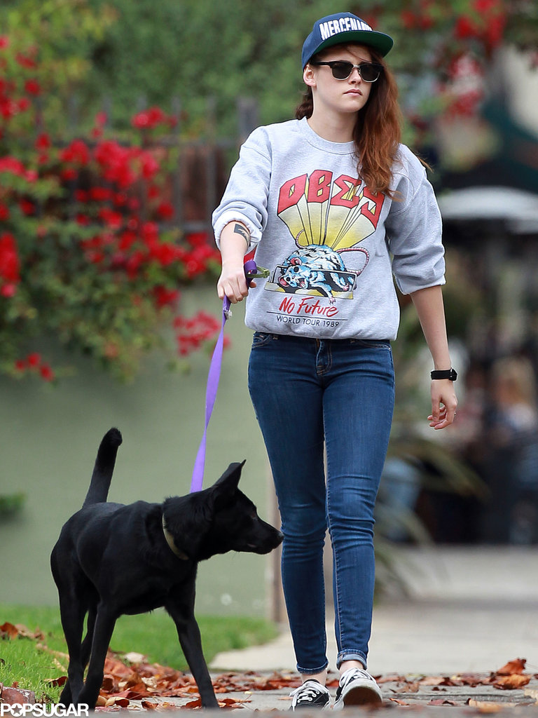 Kristen Stewart was dressed down in casual clothes.