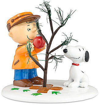 Department 56 Collectible Figurine, Peanuts Village The Perfect Tree