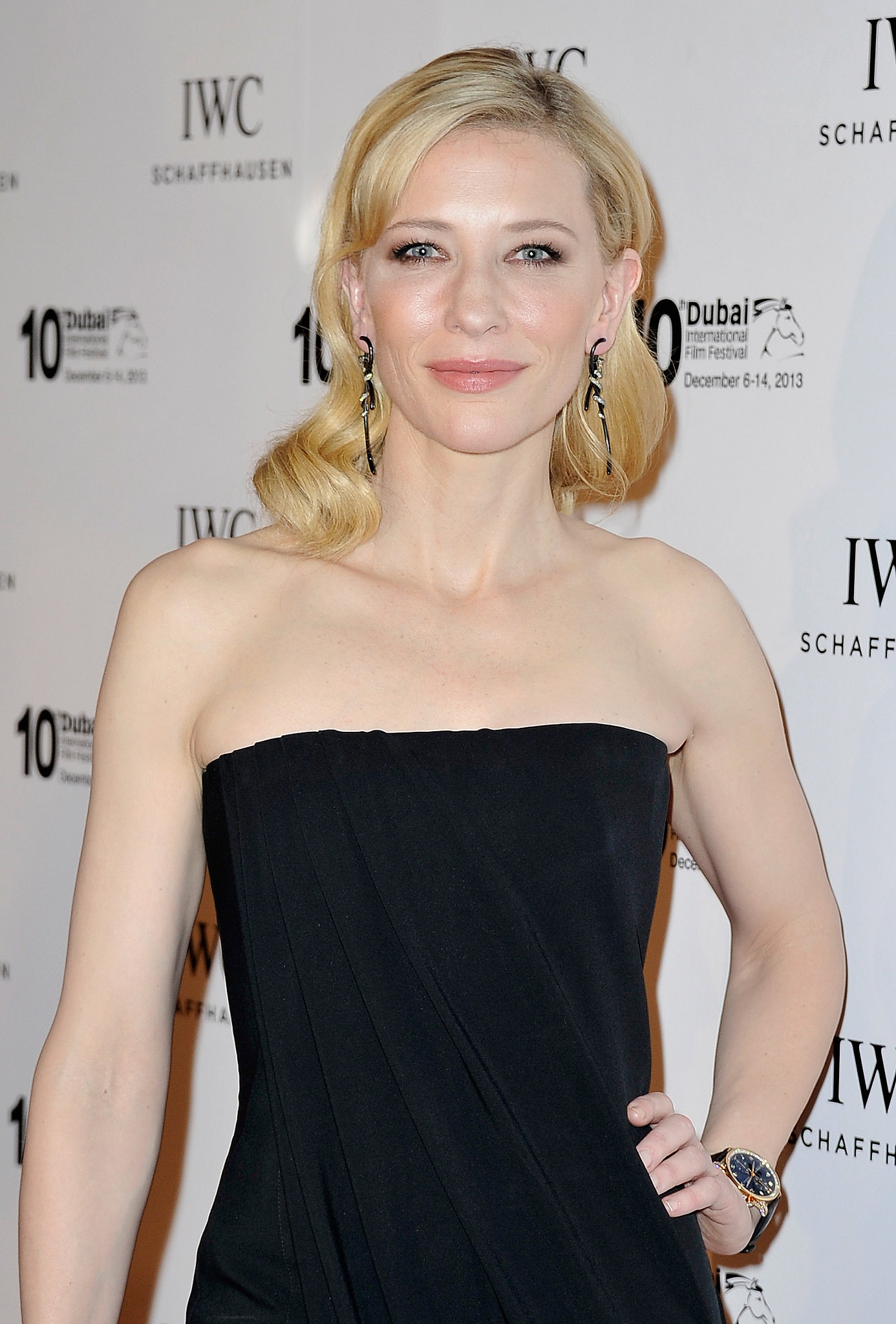 While she'd been the muse of Giorgio Armani for years, it was just this year that Cate Blanchett faced Armani fragrances.