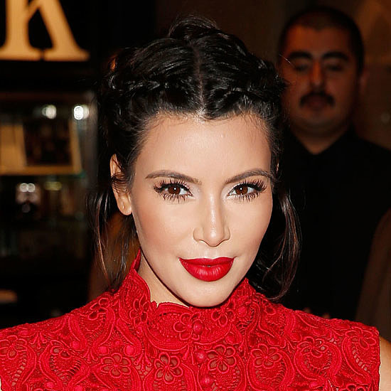 Pictures of Celebrities Wearing Lipstick