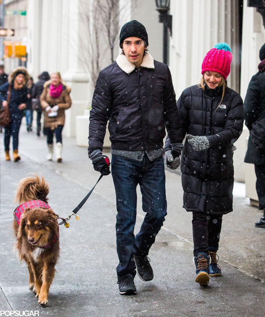 Cute couple Justin Long and Amanda Seyfried took a chilly walk in NYC with her dog, Finn, on Tuesday.