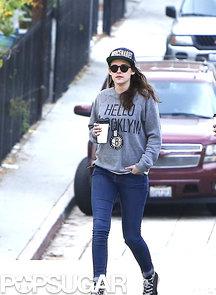 Kristen-Stewart-walked-through-streets-LA