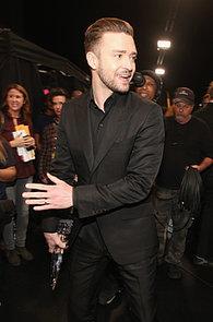 Justin-stepped-backstage