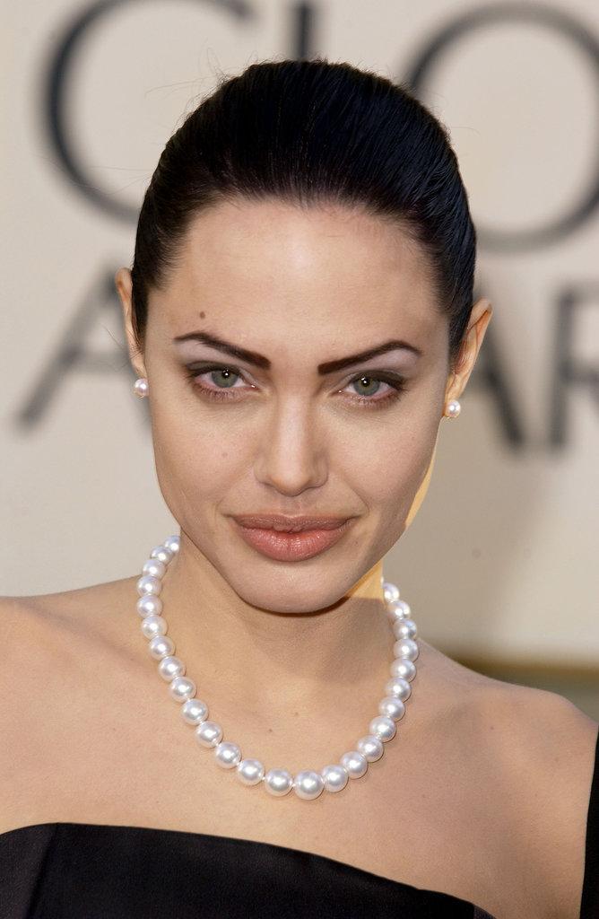 Angelina Jolie, 2002