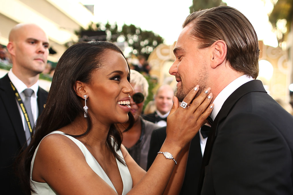 Kerry Washington got up close and personal with Leonardo DiCaprio on the 2014 Golden Globes red carpet.