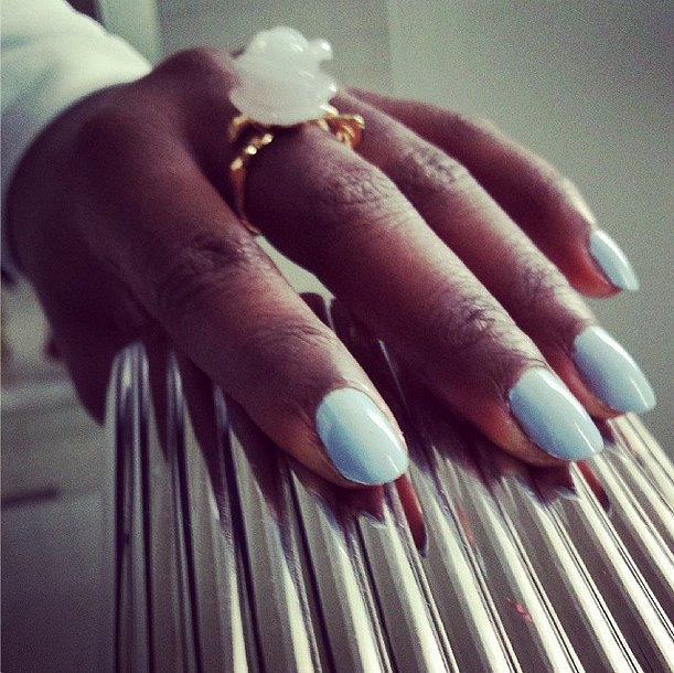 Blue Orchid was the color of choice for Lupita Nyong'o. Source: Instagram user lupitanyongo