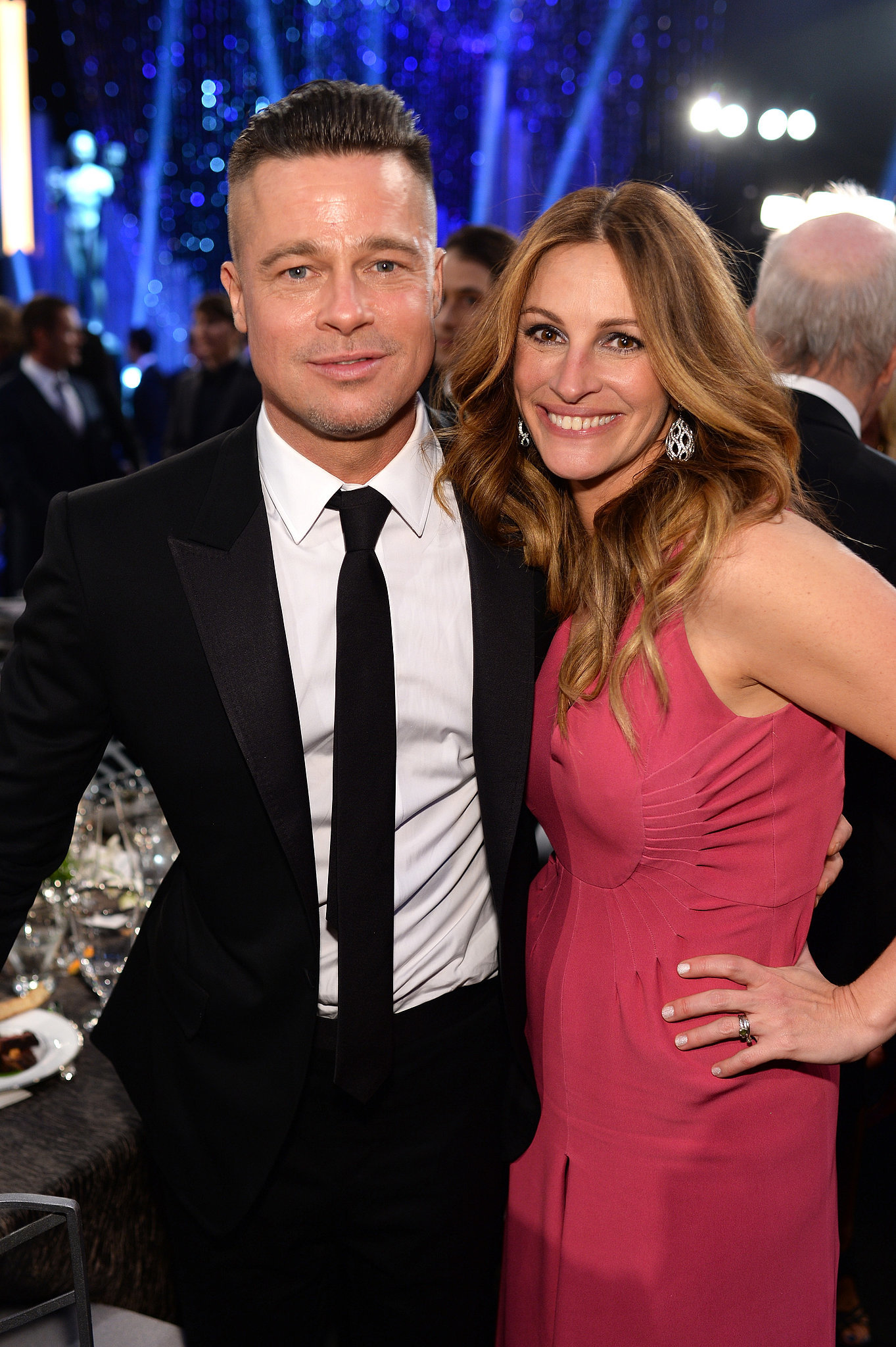 "Photo of Julia Roberts & her friend actor  Brad Pitt - Movie ""The Mexican"""