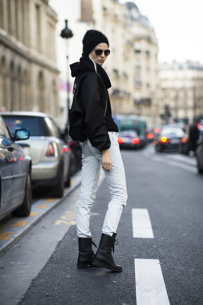 Between the shades and the combat boots, the message is clear: this is one tough girl. Source: Le 21ème   Adam Katz Sinding