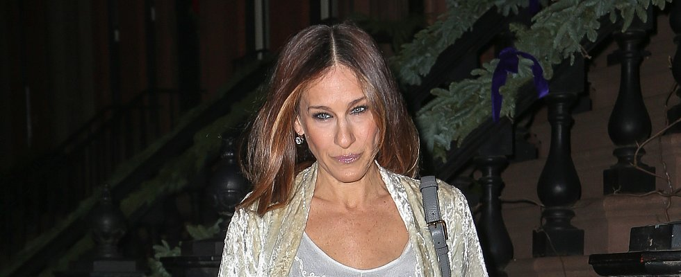 The Inside Scoop on Why Sarah Jessica Parker Went Brunette