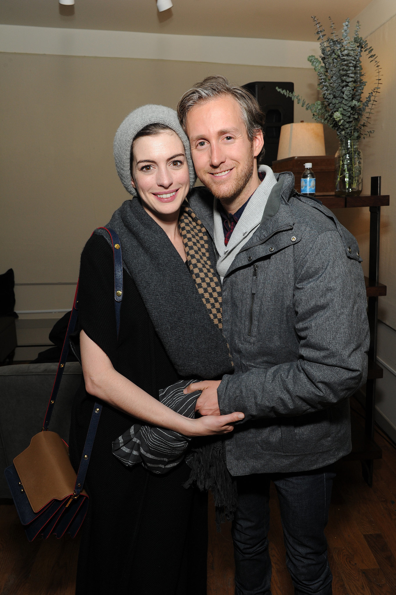 Anne Hathaway and her husband, Adam Shulman, were adorable ...