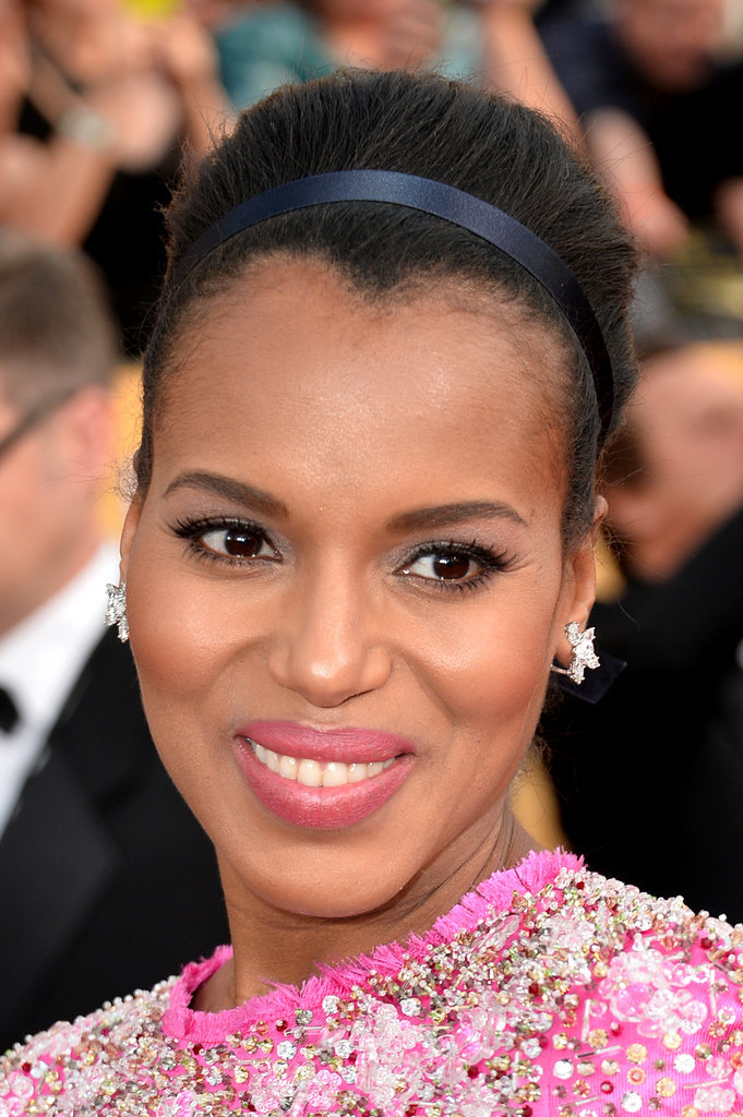At the Screen Actors Guild Awards, Kerry pulled back her hair into a topknot and added a silky black ribbon.